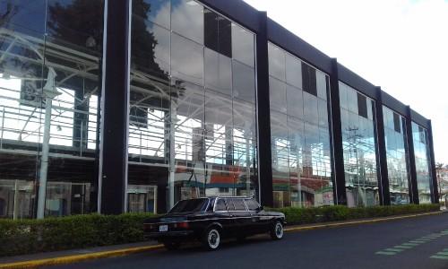 ADUANA-ANTIGUA-la-Casa-del-cuno-COSTA-RICA-LIMOUSINE-lwb-lang0dcad46ab1ee3b5c.jpg