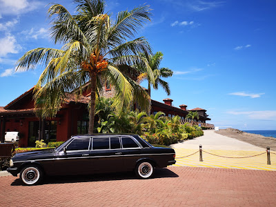 BEACH-FRONT-COSTA-RICA.-MERCEDES-W123-300D-LIMOUSINE-TRANSPORTATIONdaed73bcc2be0fcd.jpg
