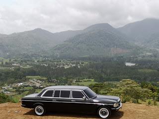 CARTAGO-OROSI-COSTA-RICA-LIMOUSINE-W123-MERCEDES-TOURS32a004f32ea7683f.jpg