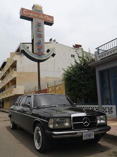 Casino-Corona-de-Oro-Avenida-4-Puntarenas.-COSTA-RICA-LIMOUSINE-W123-LANG-LWB5ac4b080c117faa8.jpg