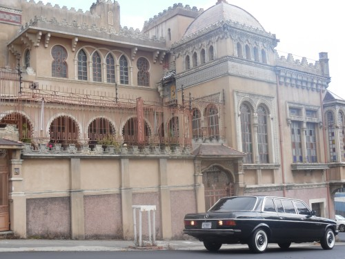 El-Castillo-del-Moro-barrio-Amon-COSTA-RICA-LIMOSINA2ac0202e6a44795e.jpg