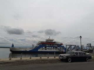 Puntarenas-Ferry.-COSTA-RICA-LIMO-SERVICE-W123-LANG-LWB-300D432b26199d078904.jpg